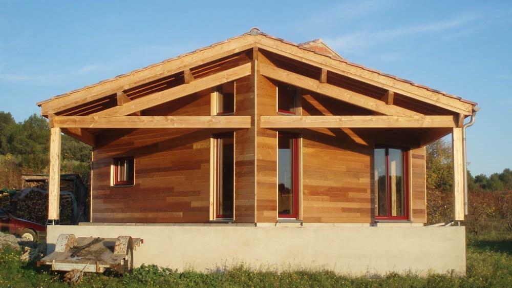 bardage red cedar charpente pin douglas. Black Bedroom Furniture Sets. Home Design Ideas